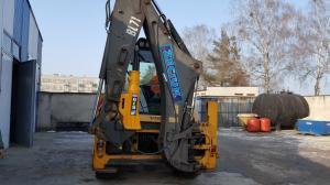 Mlot hydrauliczny Arrowhead R70 Volvo BL71 03