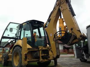 Mlot hydrauliczny Arrowhead R75 Cat 428E 03