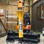 mlot-hydrauliczny-hanix-h09d